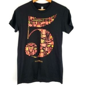 Maroon 5 Band Tee Size Large Junior Womens Graphic
